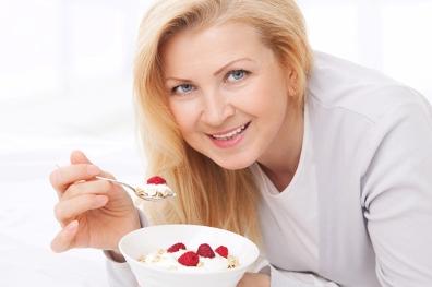 7 Foods that Combat Aging