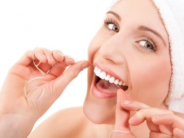 Top 4 Flossing Blunders – Fixed them